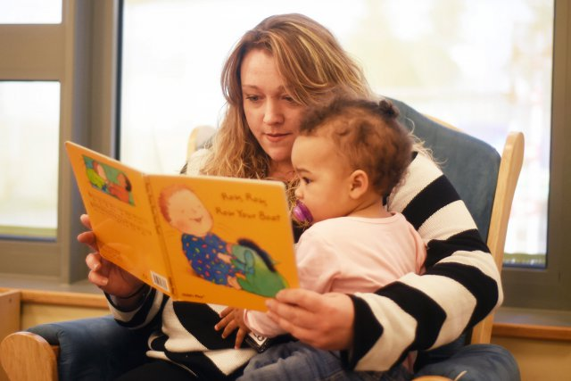 Bilingual Reading; reading is beneficial to kids.